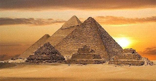Biểu đồ kim tự tháp Thần số học được phát hiện từ thời cổ đại Ai Cập