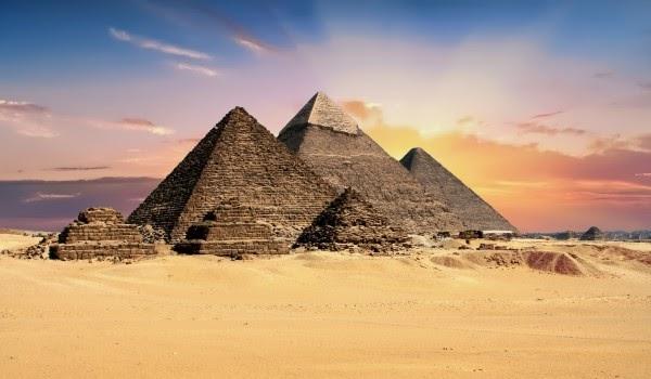 Biểu đồ kim tự tháp đã xuất hiện từ thời kỳ cổ đại