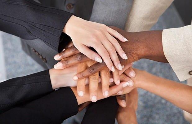 Số 4 là người khá trung thành với công việc và tổ chức