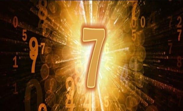 Số 7 trong học đồ thần số biểu tượng